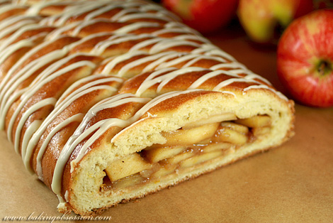 Yeasted Apple Coffee Cake (inside)