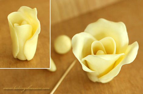 Chocolate Plastic Roses