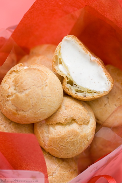 eggnog-cream-puffs-inside