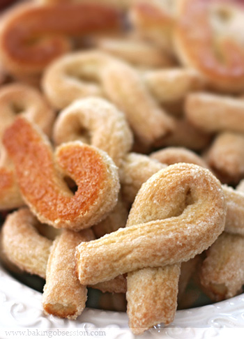Twisted Cookies from the Val d'Aosta (Torcettini di Saint Vincent)