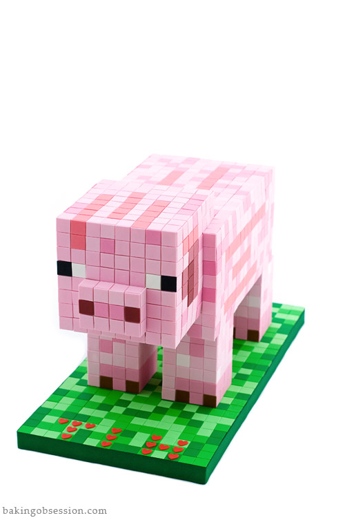 minecraft-pig-cake1