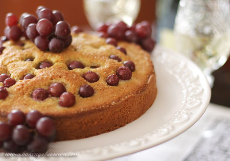 Torta al Vino with Grapes